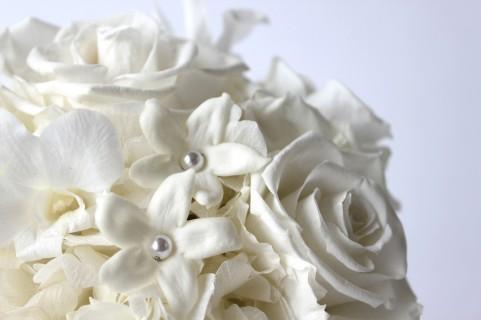 花色ニュートラルカラー 白 プリザーブドフラワー